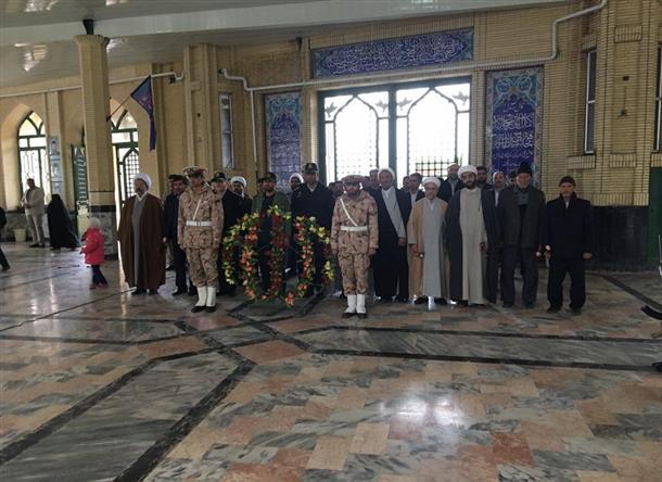 مراسم غبارروبی و گلباران مزار شهدای شهرستان فردوس